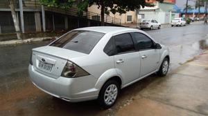 Ford Fiesta Sedan 1.6 8V Flex 4p