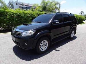 Toyota Hilux CD SR 4xV 116cv TB Diesel