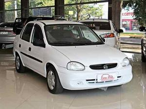 Chevrolet Corsa Classic Sedan 1.0 Manual