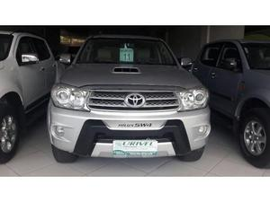 Toyota Hilux SW4 SR D4-D 4x4 3.0 TDI Dies. Aut
