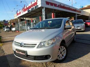 Volkswagen Voyage Trend 1.6 Mi Total Flex 8v 4p  Prata