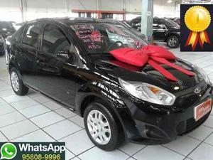 Ford Fiesta 1.6 8V Flex 5p