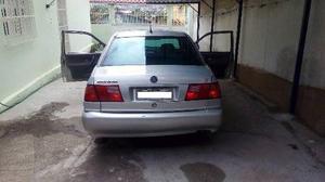 Volkswagen Santana 2.0 Mi 2p e 4p