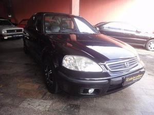 Honda Civic Sedan LX V Mec. 4p