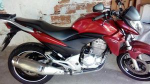 Cb300 vendo ou troco por moto menor,  - Motos - Brasilândia, São Gonçalo | OLX
