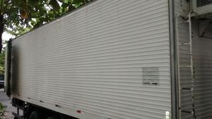 Bau frigorífico - Caminhões, ônibus e vans - Parque Senhor do Bonfim, Duque de Caxias | OLX