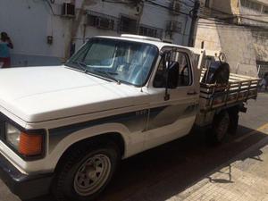 D20 ano 86 negocio em terreno - Caminhões, ônibus e vans - Centro, Campos Dos Goytacazes | OLX