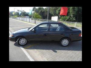 Toyota Corolla Sedan Le v  em Blumenau R$