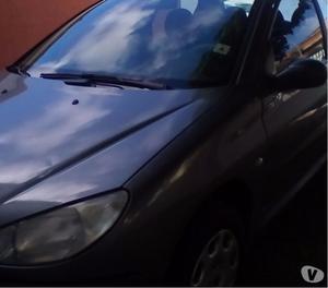 Peugeot 206 superconservado