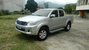 Toyota Hilux Hilux  automática flex com GNV,  - Carros - Cubango, Niterói | OLX