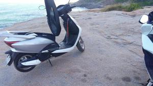 Honda lead  - Motos - Vargem Grande, Rio de Janeiro | OLX
