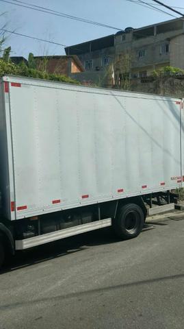 Vendo baú 4,50 muito novo - Caminhões, ônibus e vans - Conselheiro Josino, Vila Nova De Campos, Campos Dos Goytacazes   OLX