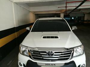Linda Hilux quem ver compra!,  - Carros - Centro, Nova Iguaçu | OLX