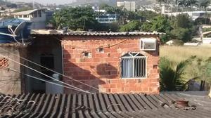 Kitnet com ar-condicionado não paga água nem luz Campo Grande próximo à rodoviária,  - Motos - Campo Grande, Rio de Janeiro | OLX