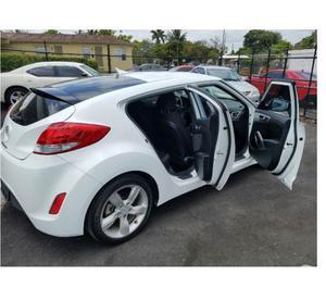 Hyundai Veloster-usado por R$