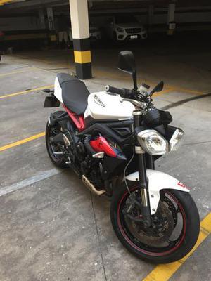 Triumph Street Triple R  - Motos - Barra da Tijuca, Rio de Janeiro   OLX