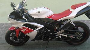 Yamaha Yzf r cor:branca com km,  - Motos - Vale do Paraíso, Teresópolis   OLX