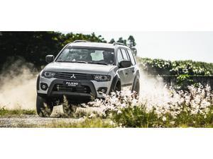 Mitsubishi Pajero 3.2 DI-D Outdoor 4WD (Aut)