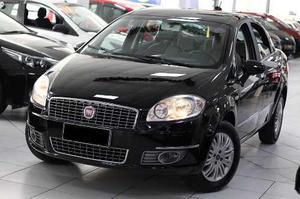 Fiat Linea v Essence Flex 4p