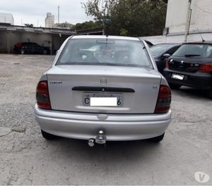 Chevrolet Corsa Sedan 1.6 GL MPFI -