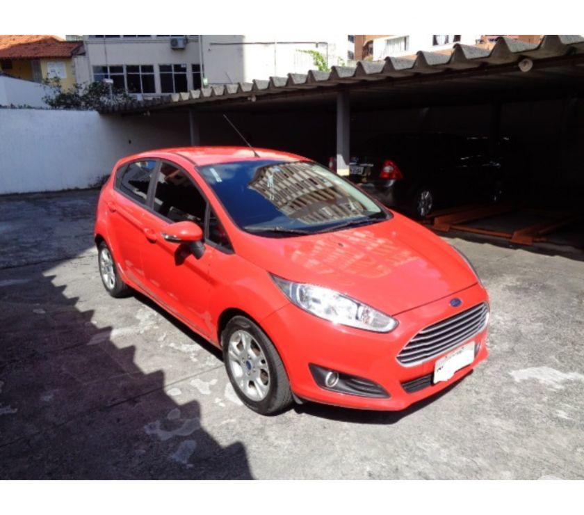 New Fiesta  Automático Única Dona Com  Km