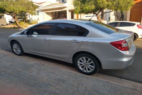 Carros na Web | Anúncio de Honda Civic LXL 1.8 AT  a